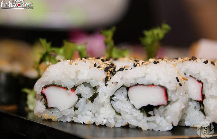 Fishbones fish sushi 4