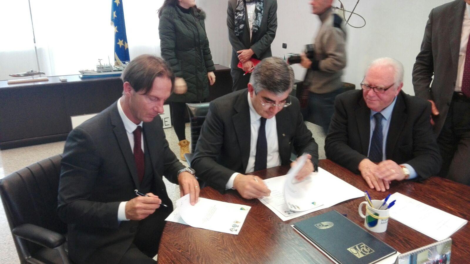 Gruppo di lavoro sull'ospedale, Il sindaco Mastromauro  riscrive a D'Alfonso chiedendogli di fissare la date della seconda riunione