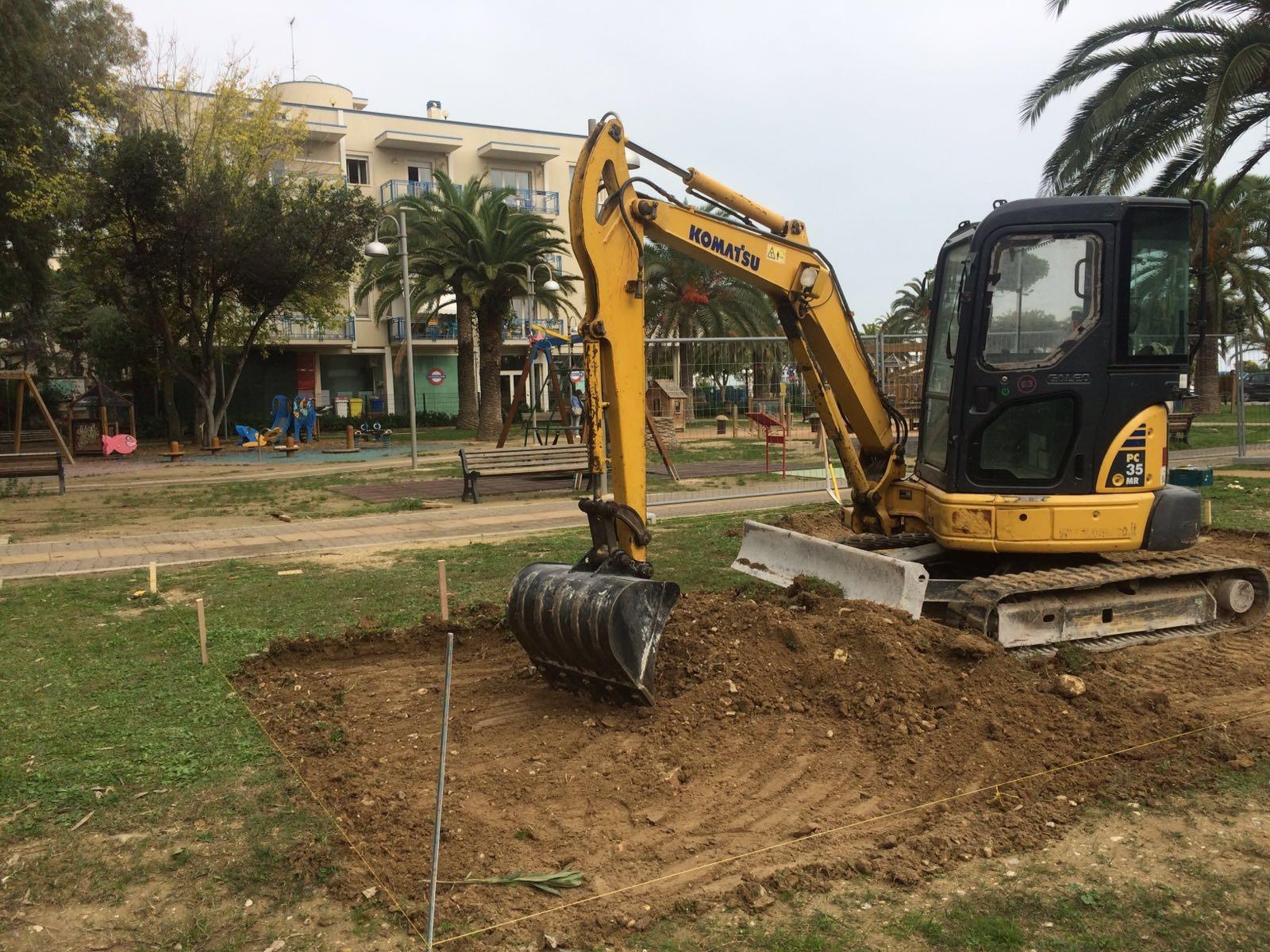 Iniziati i lavori nella Bambinopoli di Parco degli Eucalipti per l'installazione dei nuovi giochi