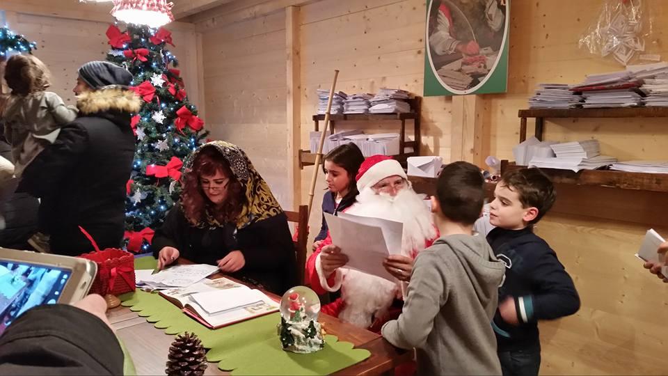 Torna la Casa di Babbo Natale a Castel Castagna
