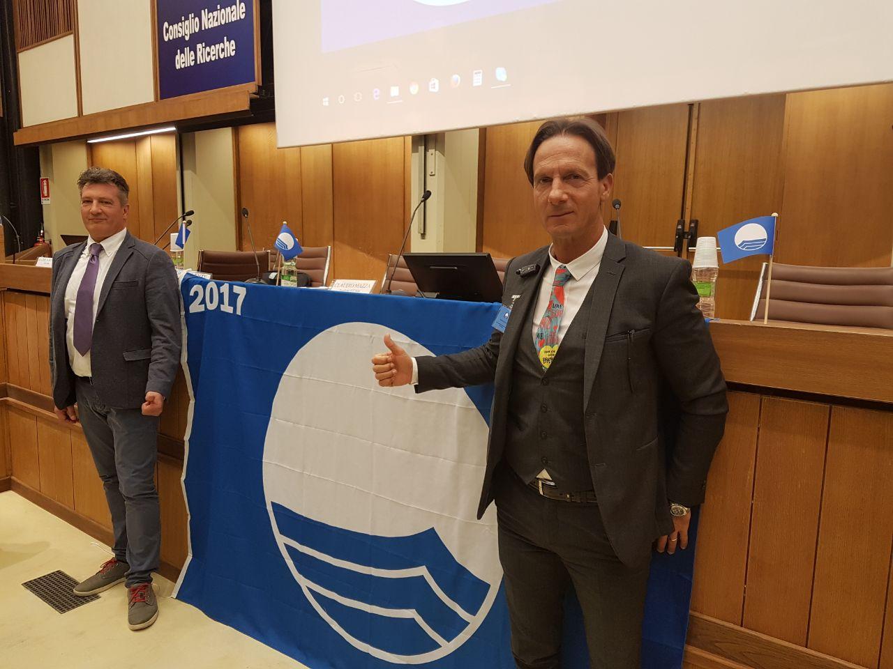 A Giulianova insieme con la Bandiera Verde quest'anno sventolerà anche la Bandiera Blu