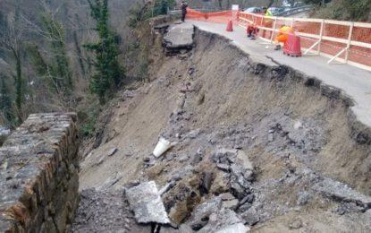 Riapre la strada 365 a Bisenti, crollata a febbraio