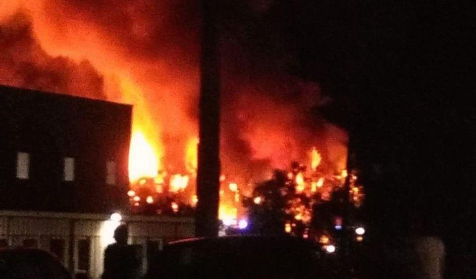 A fuoco la fabbrica Richetti di Sant'Atto