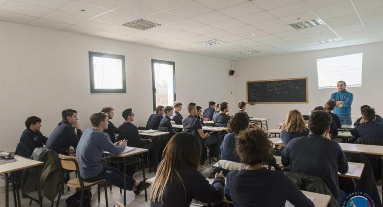 Corropoli, open day del liceo D'Annunzio: ospite il GeneralePasquale Preziosa