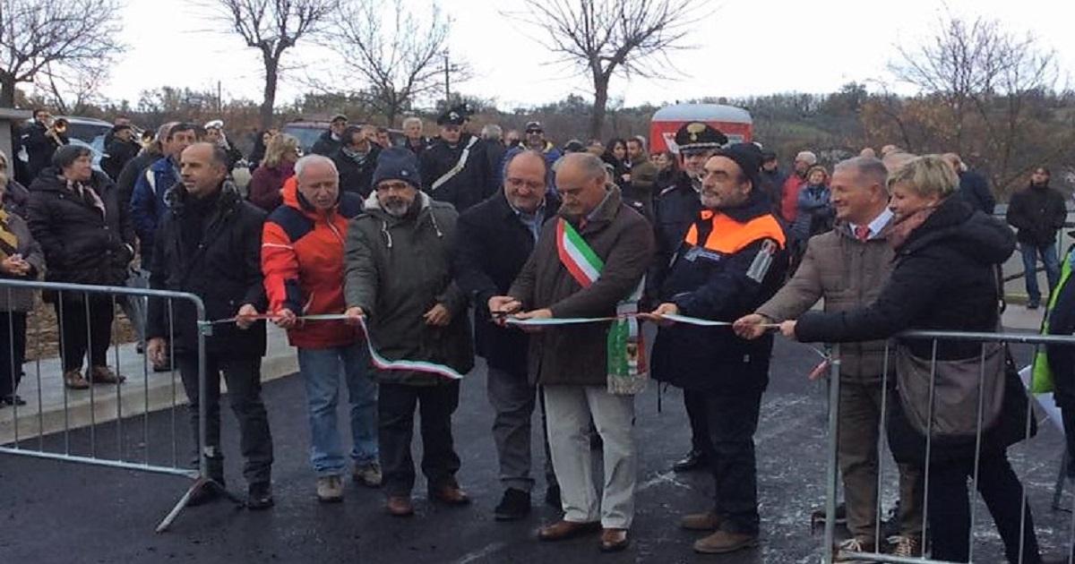 Consegnate 14 casette antisismiche per gli sfollati della Valle del Chiarino