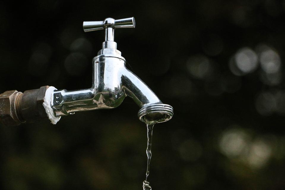 Stop acqua a Basciano, lavori urgenti di riparazione