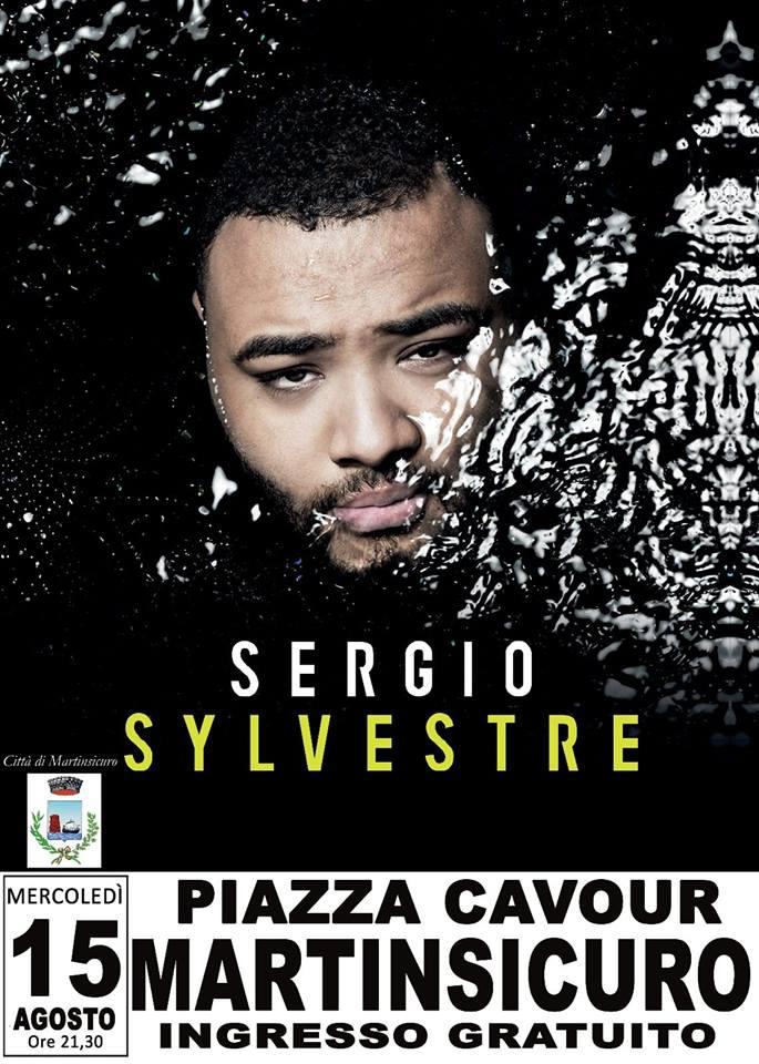 Sergio Sylvestre in concerto a Martinsicuro e fuochi d'artificio