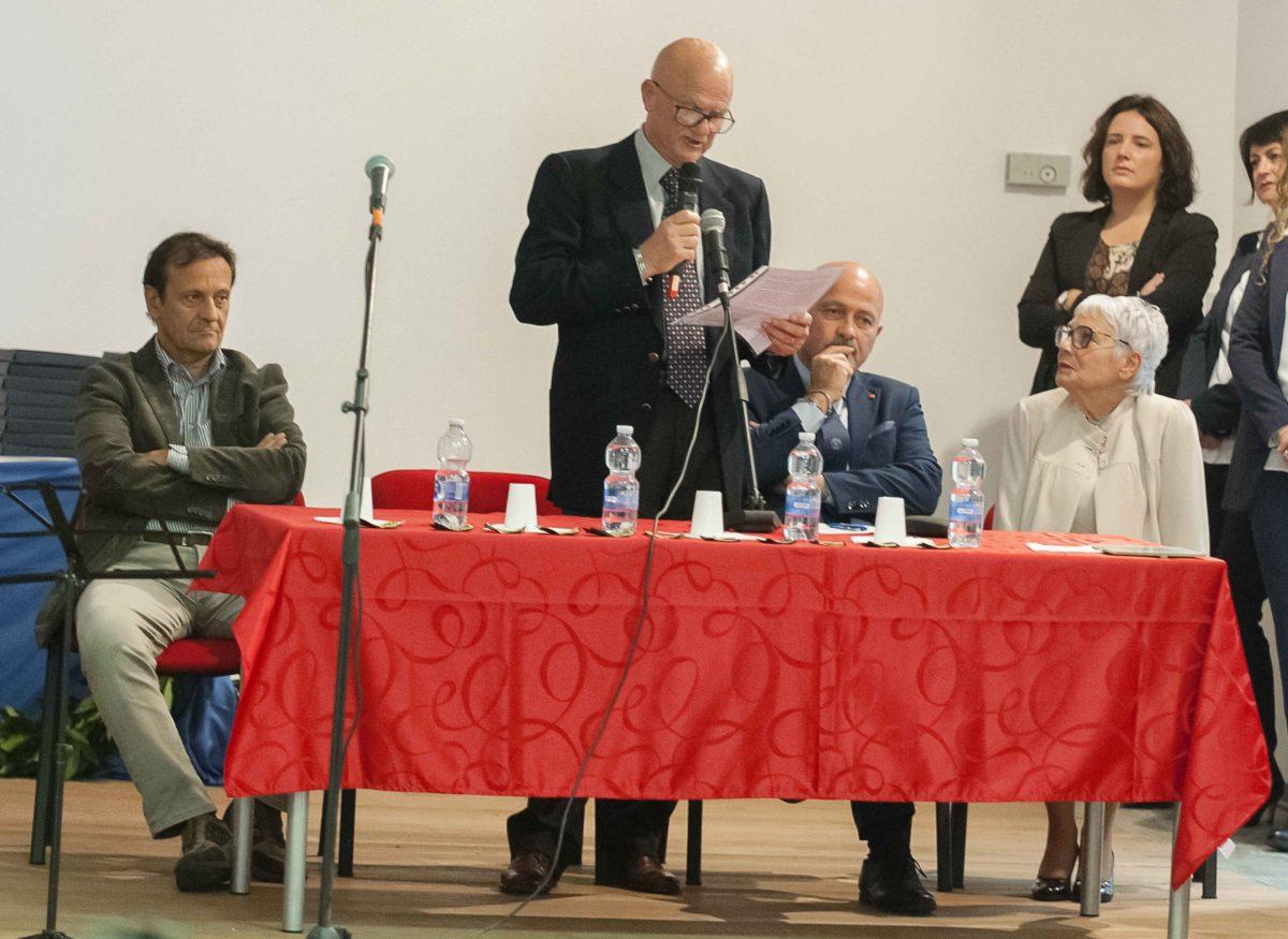 """Consegnate le Borse di Studio agli studenti del Liceo """"G.D'Annunzio"""" di Corropoli"""