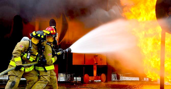 Misure precauzionali dopo l'incendio a Martinsicuro
