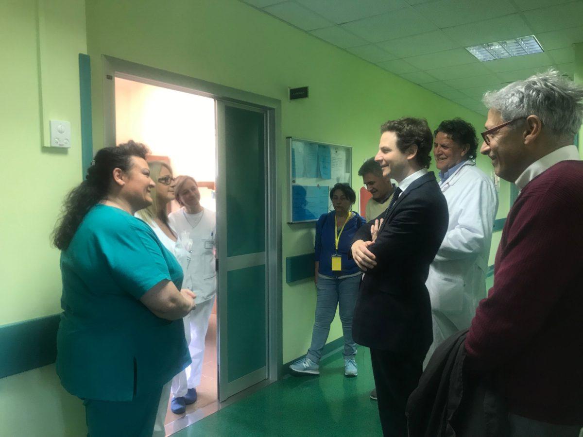 """Zennaro visita ospedale Giulianova """"Non deve essere chiuso ma potenziato"""""""