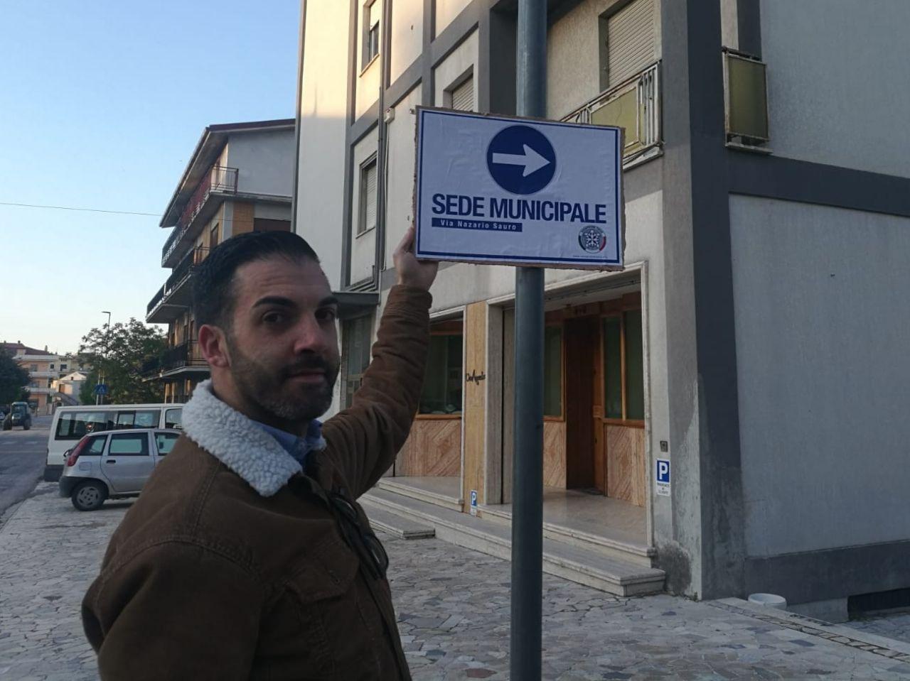 """Sant'Egidio: CasaPound """"ripristina"""" la cartellonistica stradale"""