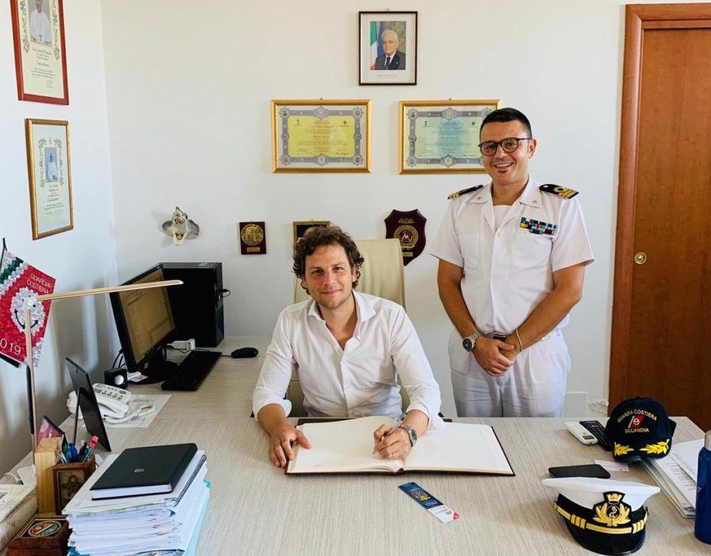Giulianova, visita di Zennaro (M5s) alla Guardia Costiera
