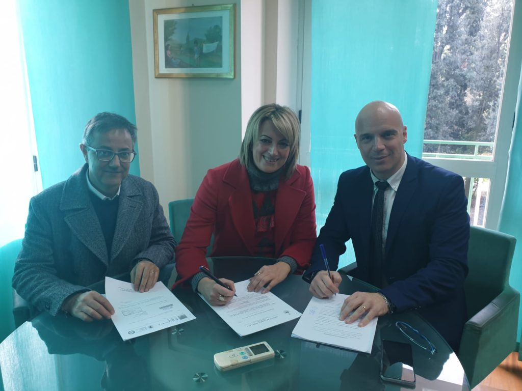 Valle Castellana, firmato l'accordo con Ruzzo:in arrivo 227 mila euro di rimborso