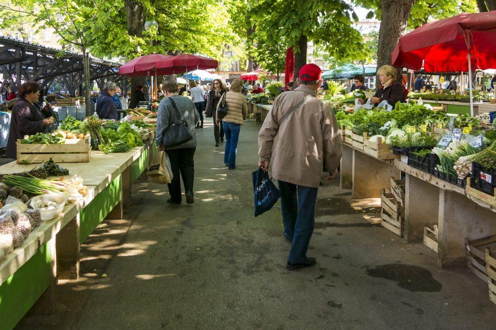 Tortoreto, riapertura parziale del mercato in via Archimede