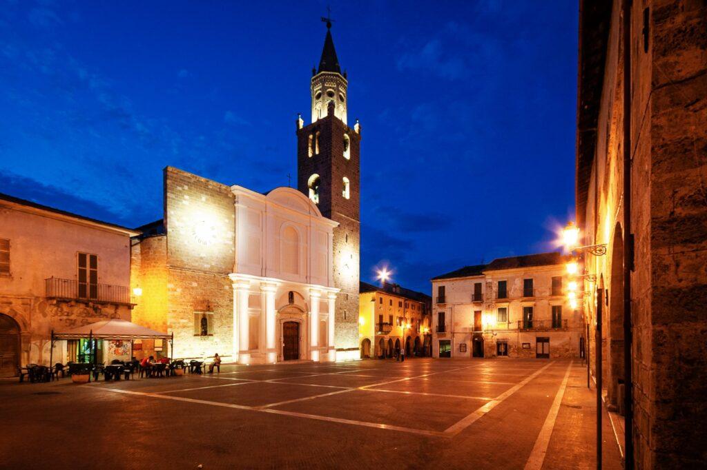 Campli, weekend con la Notte Romantica e il Festival delle Aquile