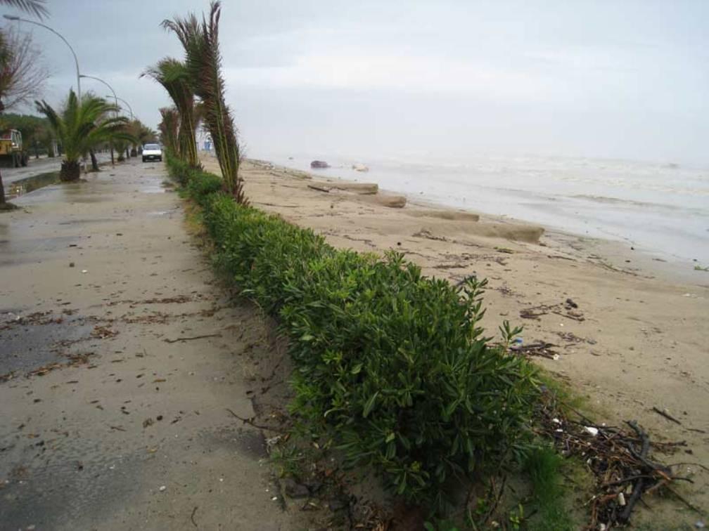 """Pennelli anti erosione Villa Rosa,""""Difendiamo la realizzazione dell'opera"""""""