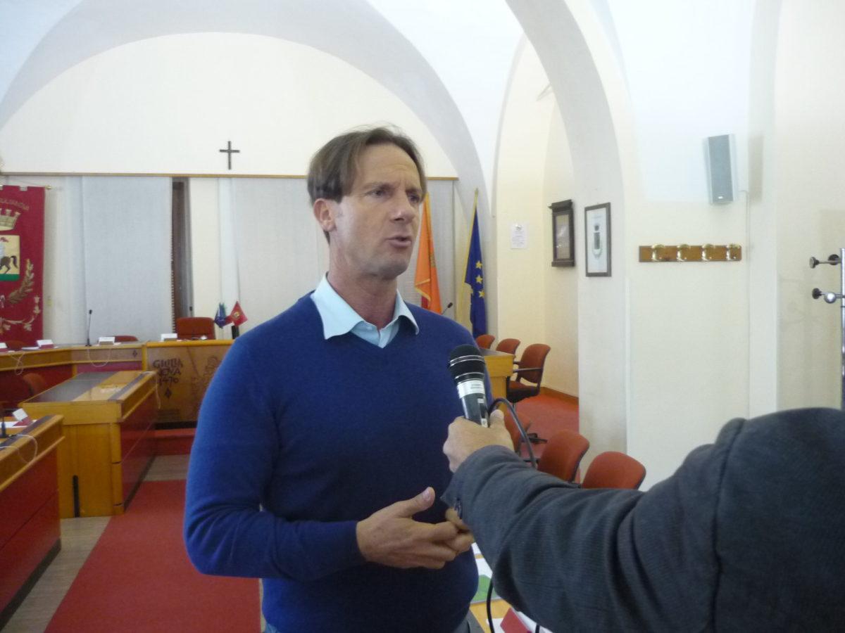"""Tributo tutela ambiente: Mastromauro replica ad Antelli """"Verseremo 200 mila euro"""""""