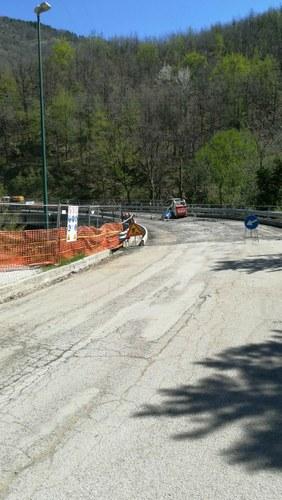 Riaperto il ponte Cesano a Valle Castellana, da oggi iniziano i lavori sul ponte Intermesoli