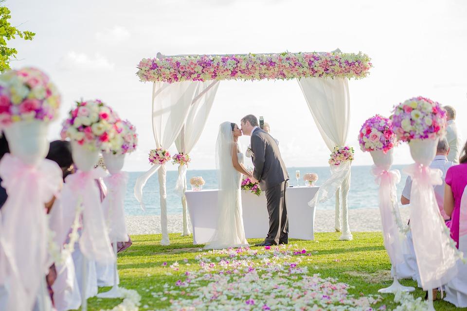 Al via i matrimoni in spiaggia a Martinsicuro e Villa Rosa