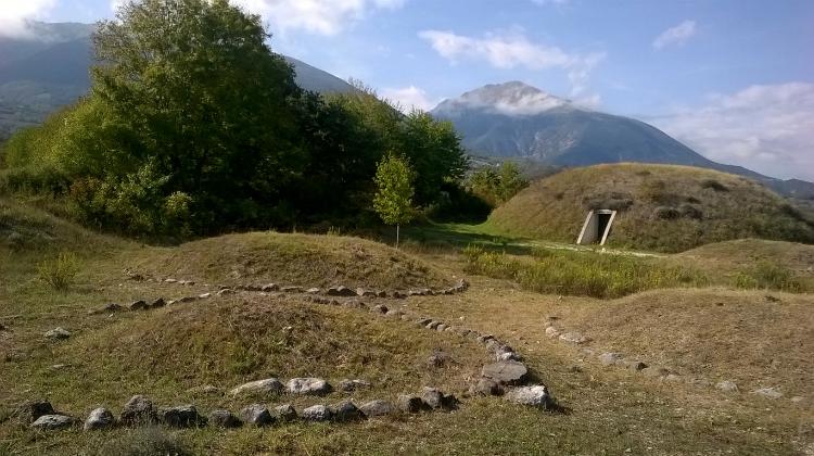 Il Comune di Campli gestirà la necropoli di Campovalano: accordo storico