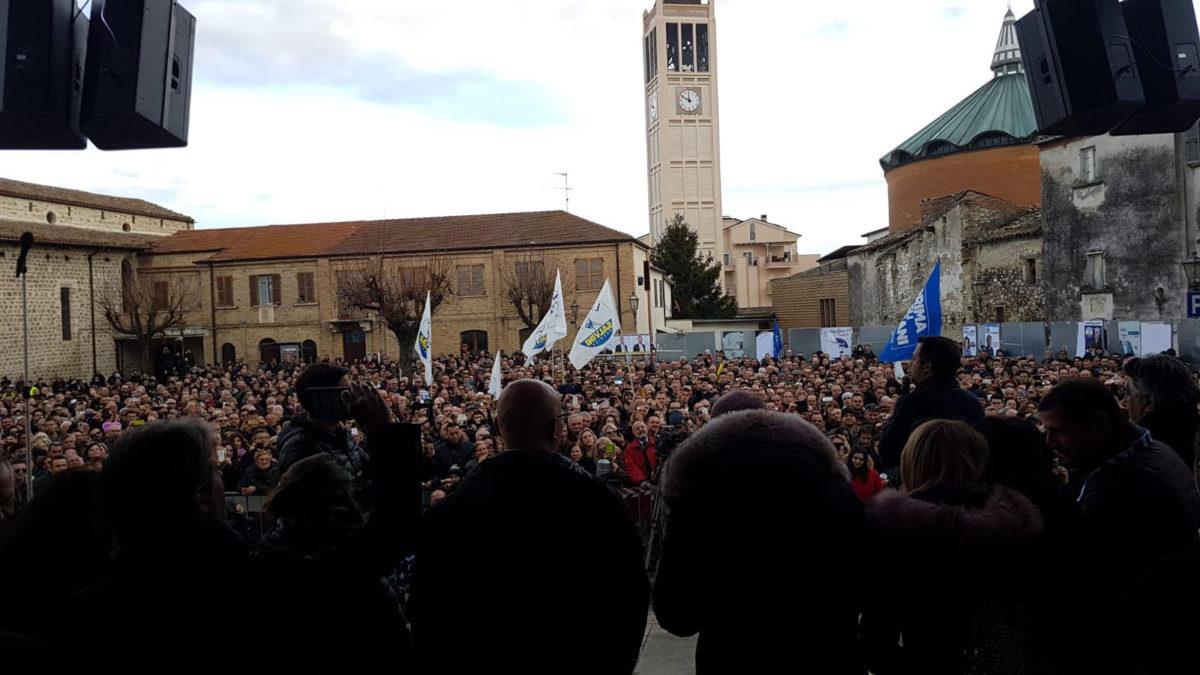 Sant'Egidio, bagno di folla per Matteo Salvini VIDEO
