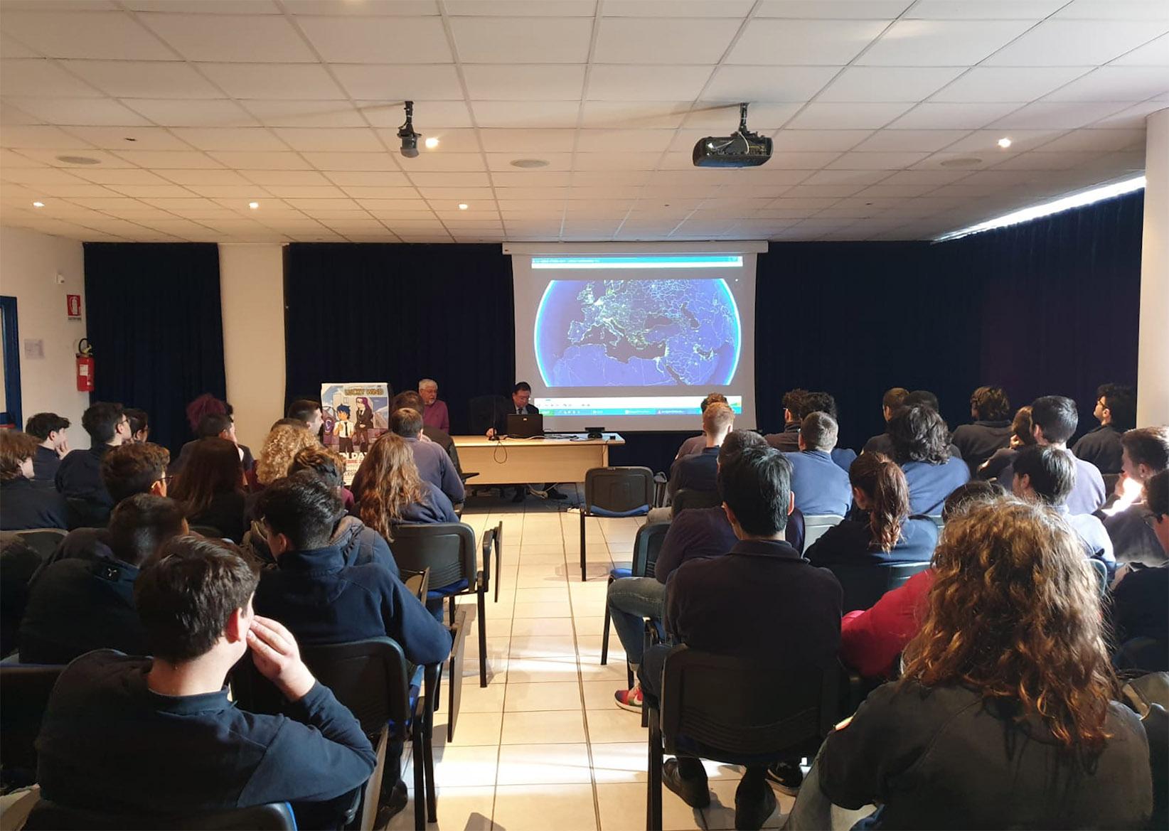Corropoli, gli studenti del liceo incontrano l'Enac: riconoscimento del programma di studi