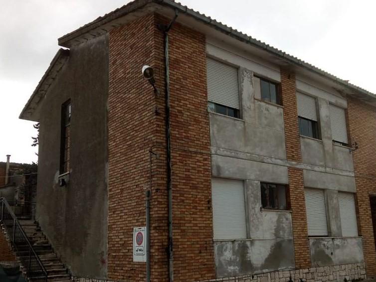 Civitella, l'ex scuola agraria è da demolire: al suo posto la nuova scuola materna