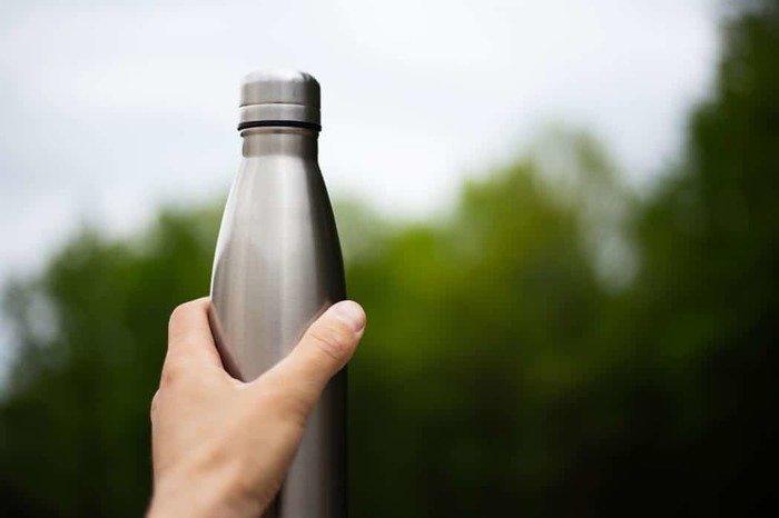 Sant'Omero, i Cultori di Ercole donano 400 borracce in alluminio ai ragazzi delle scuole