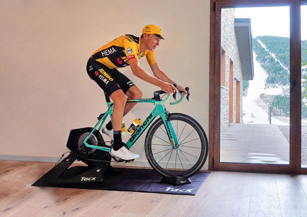 Al via domani il Giro d'Italia Virtual by Enel
