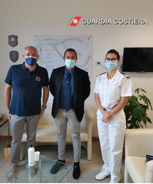 Giulianova, visita del presidente Federvela all'ufficio circondariale marittimo