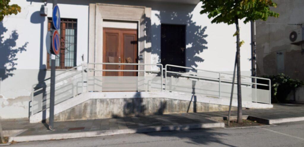 Ancarano, dopo quasi 50 anni, Banca Tercas, oggi Banca popolare di Bari, chiude i battenti